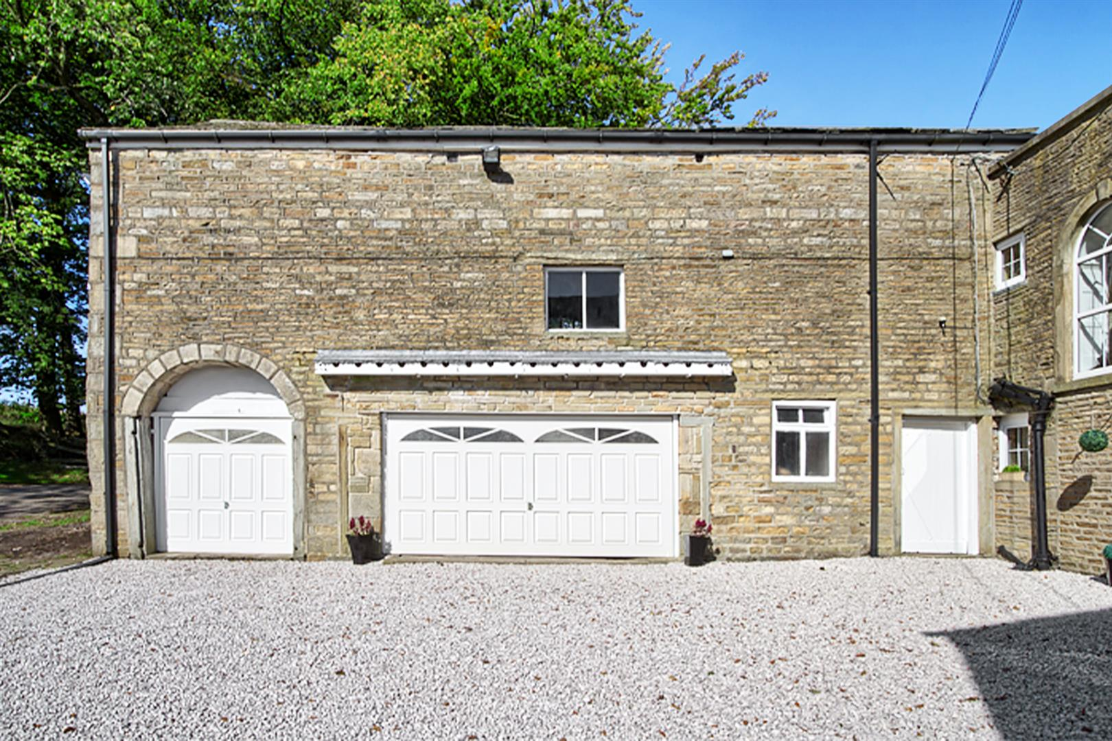 4 bedroom house For Sale in Bolton - barn.png.